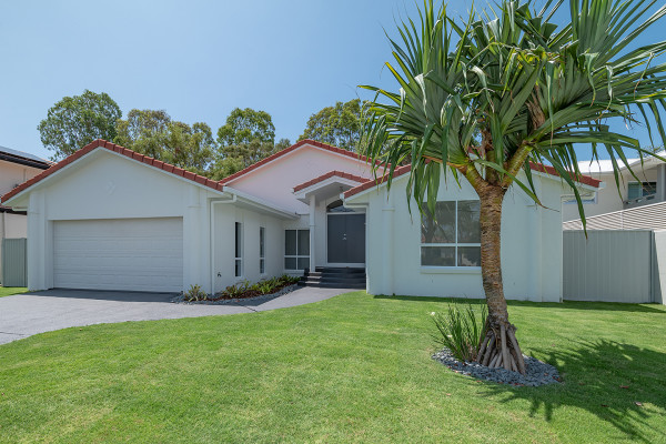 Your chance to own in Noosa Waters!